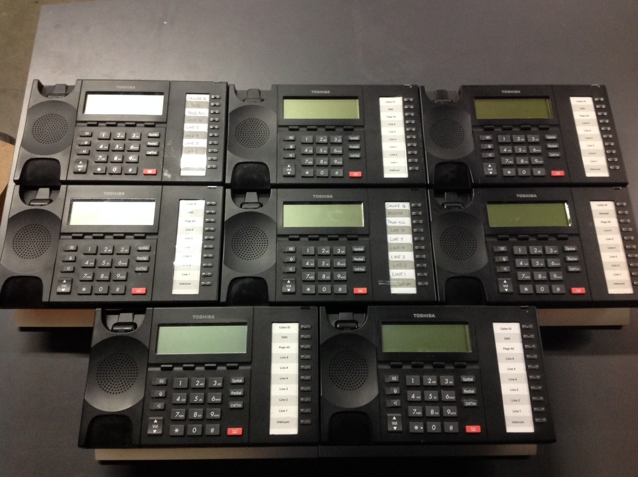 Toshiba PHONE SYSTEM WITH 11 UNITS
